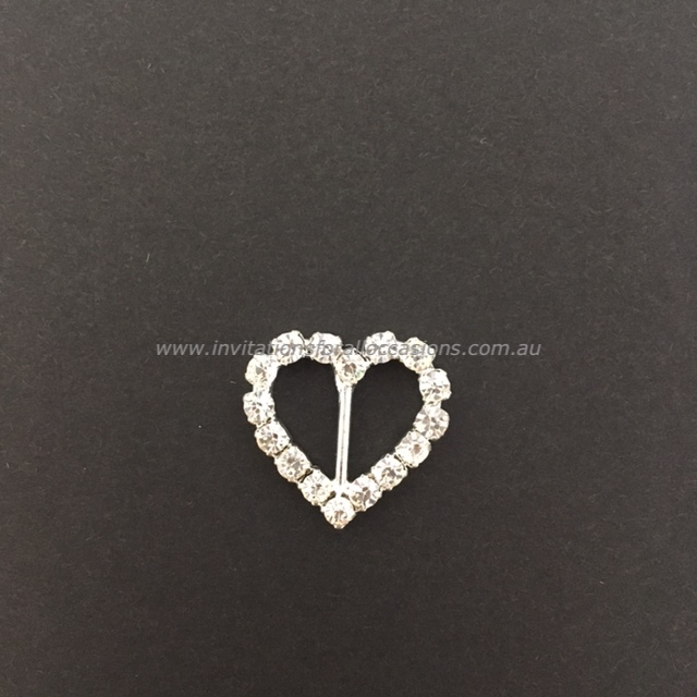 DIY-064 Embelishment Bling Heart Diamante Buckle HORZ